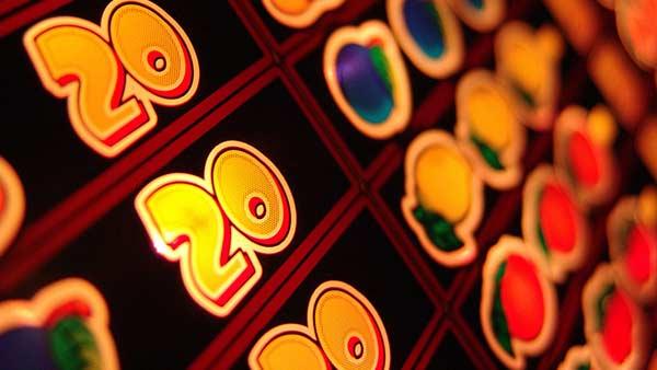 Online slots vs Xbox casino games
