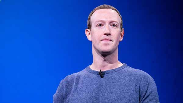 Mark Zuckerberg is investing heavily in VR, so why isn't Microsoft?
