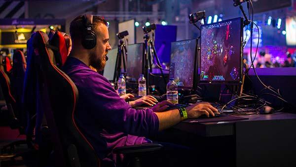 Console Esports at Risk?